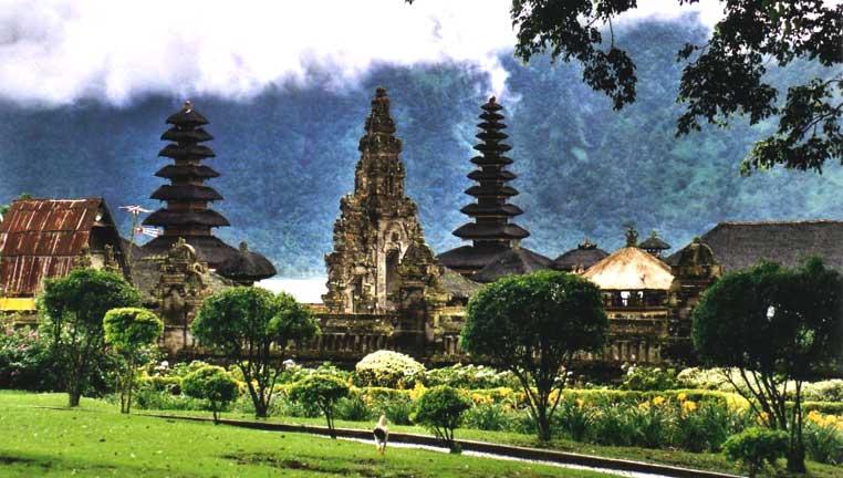 Bali World Heritage Tours, Ulun danu- bedugul
